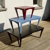 Ne croyez pas qu'on chôme, certes on communique peu en ce moment mais nous arrivons très prochainement avec beaucoup de nouveautés ! Ce dimanche, on empile nos prototypes de tables basses, des choses à revoir mais rien d'impossible, et c'est ça que l'on adore! 💪🏻 • • • • #blaqandco #design #mobilier #tablebasse #interiordesign #designerbox #madeinfrance🇫🇷