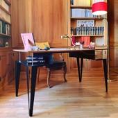 """✨ A T O M E ✨  """" Si vous possédez une bibliothèque et un jardin, vous avez tout ce qu'il vous faut """" - Cicéron """" Si vous possédez une bibliothèque et un bureau Blaq&Co, là, vous avez tout ce qu'il vous faut """" - Blaq&Co 🙊😉🙊 • • • • #blaqandco #bureau #france #mobilier #steel #design #decorationinterieur #instahome #ideat #ellemagazine #maisonsdecampagne #designerboxmaker #télétravail"""
